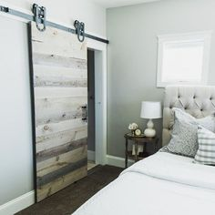 Light Wood Sliding Doors Looks Very Pretty In The Bedroom. 15 Modern  Sliding Doors For Your Inspiration   Your Dream Home Part 49