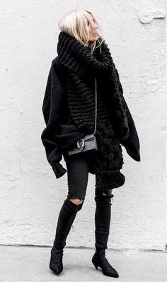 Pinterest: DEBORAHPRAHA ♥️ all black winter outfit
