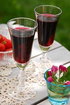 Red Wine, Alcoholic Drinks, Glass, Party, Food, Drinkware, Corning Glass, Essen, Liquor Drinks