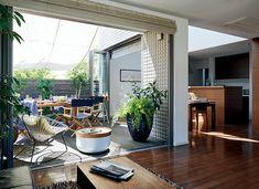 暮らしを楽しく豊かにするアウトドアリビングのある家 page.2 - 日経ビジネスオンラインSpecial