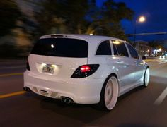 with custom trim and white Mercedes R Class, Mercedes Benz R350, Fast Cars, Cars And Motorcycles, Luxury Cars, Trucks, Vehicles, Garage, Toys
