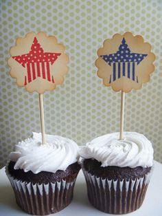 4th of July Cupcakes Decorating Ideas and Cupcake Wrappers_22