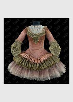 la sixième fée   Collections du Centre National du Costume de Scène