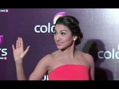 Gauhar Khan STUNNING at Colors Leadership Awards 2015.