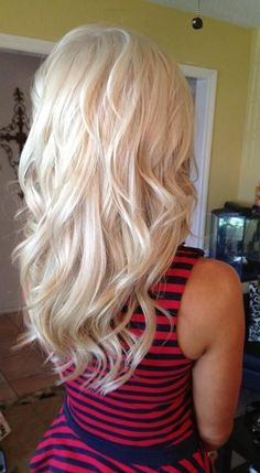 Natural Looking Blond - Hairstyles and Beauty Tips