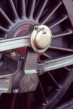 /by Willi_G #flickr #steam #engine #wheel