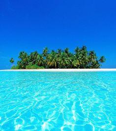 En seconde position de ce classement des plus belles plages du monde, on retrouve la plage d'atoll Ari aux Maldives