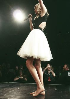 Barefoot Tay on the Red tour!