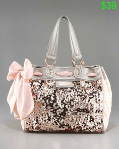 I have seen this bag pinned alot as a Coach purse. It's actually by Juicy. I'm in love with it, and the price isn't bad at all! Hi-Shine Daydreamer - Neiman Marcus Coach Handbags, Coach Purses, Purses And Handbags, Luxury Handbags, Cheap Handbags, Canvas Handbags, Grey Handbags, Latest Handbags, Fossil Handbags