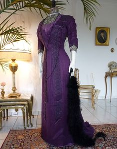 Art Nouveau Purple Silk Dinner Gown, ca. 1912 - www.antique-gown.com