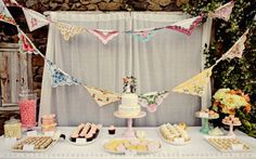 Best way to enjoy your collections is to USE them! This collection of lovely handkerchiefs brings vintage charm to this wedding party. looooooove