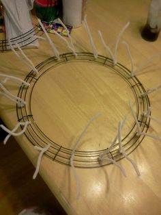 First step of a deco mesh wreath :-)