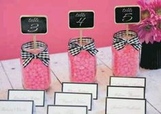 these would make a cute wedding favor :)