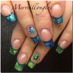 Pose gel uv frenc bleu vert et strass sur amboise Ongles en gel faux ongles
