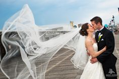 Beautiful veil - Daniel Moyer Photography http://www.weddingphotousa.com/pennsylvania/danielmoyer-philadelphia-pa-wedding-photographer.php