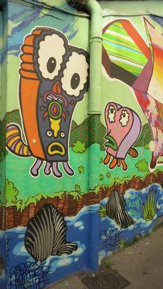 LYON mars 2017; Pentes de la Croix Rousse. Le quartier pour faire street art ballade très sympa !