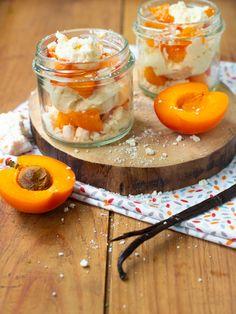Voilà un dessert tout simple à faire quand on reçoit des sans gluten à la maison, des verrines abricot-chantilly-meringue... Dessert Sans Gluten, Meringue, Panna Cotta, Lactose, Ethnic Recipes, Desserts, Simple, Gluten Free Flour, Gluten Free Recipes
