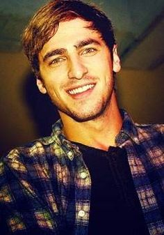 Kendall Schmidt: Darken the hair, and he looks like my older brother, so weird but cool