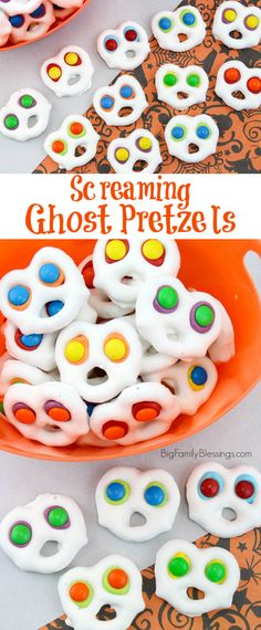 Fun and Easy Screaming Ghost Pretzels: Halloween Party Ready! -You can find Pretzels and more on our website.Fun and Easy Screaming Ghost Pretzels: Halloween Party Ready! Halloween Class Treats, Halloween Pretzels, Halloween Themed Food, Halloween Baking, Halloween Birthday, Halloween Activities, Halloween Parties, Halloween Recipe, Halloween Halloween