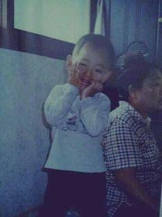 Jungkook Taehyung Jimin Namjoon Hoseok Yoongi Jin Highest rank: in fanfiction Just a bunch of stories to occupy me when I'm bore. Bts Taehyung, Jungkook Jimin, Suga Rap, Bts Bangtan Boy, Taehyung Fanart, Bts Predebut, Foto Bts, Wattpad, Playboy
