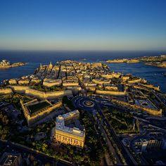 Afternoon light setting on Valletta   #travel #malta #cities @ig_europe #wonderful_places #v18 #valletta #exploremore