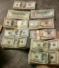 VOLANTAMUSIC: Dueño Burger King Encuentra $ 100K en Mochila deja...