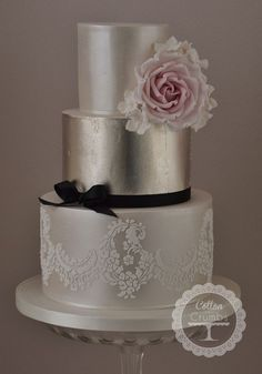 Love the metallic layer and the delicate lace and it even has a flower! Gallery | Wedding Cakes West Midlands – Cotton & Crumbs