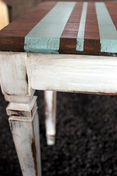 Like the stripes, would be fun to do on a table. Refurbished Furniture, Paint Furniture, Upcycled Furniture, Furniture Makeover, Furniture Decor, Diy Projects Dresser, Old Kitchen Tables, Piano Bench, Rustic Decor