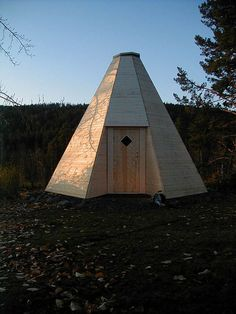Picture of How to build a Sami hut in wood!