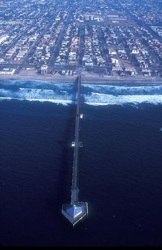 An aerial view of the Imperial Beach shoreline in 1993 shows empty plots of land and no green spaces.