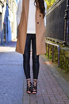 Nuala Gorham looking stylish in our leather-look skinny trousers * What I Would Wear * The Inner Interiorista Minimal Fashion, Minimal Style, Women's Fashion, Sleeveless Trench Coat, How To Look Skinnier, Fall Clothes, Clothes For Women, Style Inspiration, Style Ideas