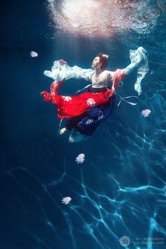 [北京写真套系] 水中游 · 摄影师粉黛流芳 · 一拍一 · 豆瓣旗下摄影服务平台