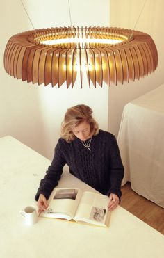Sculptural Lighting With Dazzling Visual Effects by Cameron Design House - http://freshome.com/2013/10/01/sculptural-lighting-with-a-powerful-indoor-effect-by-cameron-design-house/