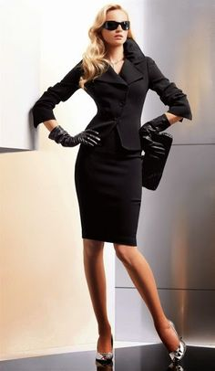 Class black - or spy look...up to you I love Fresh Fashion: 50 Amazing Women's…