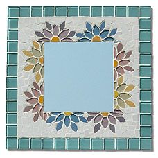 """Mosaic Mirror-Floral"" - beautiful mirror, but even nicer? Attached link has plans for making this and other pieces! Easy Mosaic, Mosaic Tray, Mosaic Tile Art, Mosaic Artwork, Mirror Mosaic, Mosaic Crafts, Mosaic Projects, Mosaic Glass, Stained Glass Designs"