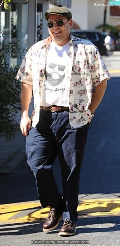 Jonah Hill Reminded Of His Wish to Kiss Channing Tatum at His Tip http://icelebz.com/celebs/jonah_hill/photo2.html