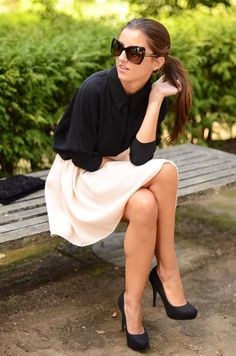 queens wardrobe blouse, there she goes babe skirt, stradivarius pumps, tom ford sunglasses.