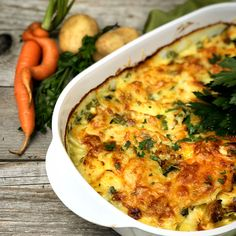 Quiche, Breakfast, Food, Grated Cheese, Souffle Dish, Carrots, Vegetable Gratin Recipes, Apple, Morning Coffee