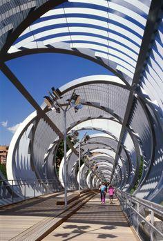 Arganzuela Footbridge / Dominique Perrault Architecture @Eulalia Santos