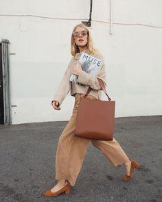 Walk it like talk it! #STREET #style #fashion