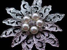 PEARL SILVER RHINESTONE CHRISTMAS TREE POINSETTIA FLOWER PIN BROOCH JEWELRY 2.75 #Unbranded