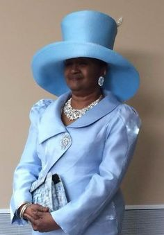 ensemble with wide brim church hatBlue ensemble with wide brim church hat Church Suits And Hats, Women Church Suits, Church Attire, Church Hats, Church Outfits, Sunday Clothes, Hats For Women, Ladies Hats, Church Fashion
