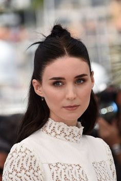 Rooney Mara at the 2015 Cannes photocall for 'Carol'. http://beautyeditor.ca/2015/05/23/celebrity-beauty-looks-jamie-chung