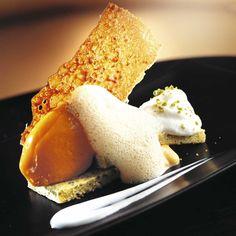 Bizcocho de pistacho con helado de calabaza | Receta en TELVA.com