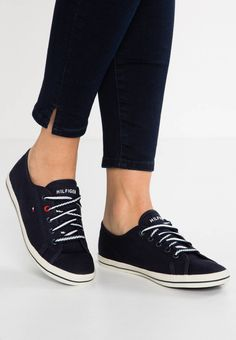 36d056ae2 Tommy Hilfiger. VICTORIA - Trainers - blue. Sole:synthetics. Padding type: