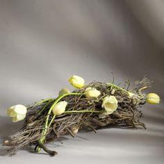 Boeketterie Nancy - Boeketten Ikebana, Art Floral, Floral Design, Japanese Flowers, Flower Show, Christmas Centerpieces, Rustic Chic, Beautiful Gardens, Contemporary Design