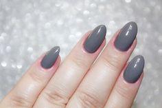 "Esmalte AVON ""Grafite Elegante"" - Stiletto Nails"