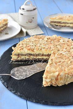 Oto popularny tort migdałowy, zwany bardzo często tortem z Ikei (ponieważ w restauracji w Ikei można go kupić). Tutaj chciałam...