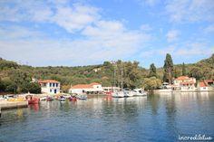 """Picturesque island village """"Palaio Trikeri"""" in Pagasitikos Gulf."""