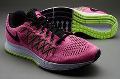 Nike *-*